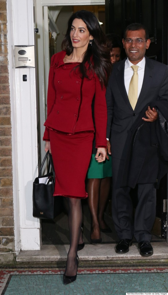 LONDON, ENGLAND - JANUARY 25:  Amal Clooney seen leaving the Doughty St Chambers after a press conference on January 25, 2016 in London, England.  (Photo by Neil Mockford/Alex Huckle/GC Images)