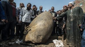 The head of the statue believed to belong to Pharaoh Ramses II - Khaled Desouki - AFP