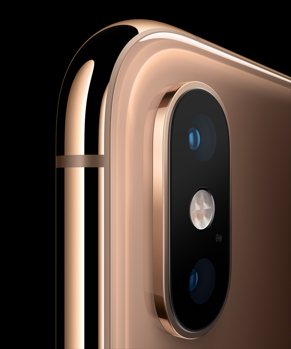 iPhone Xs back camera - Apple