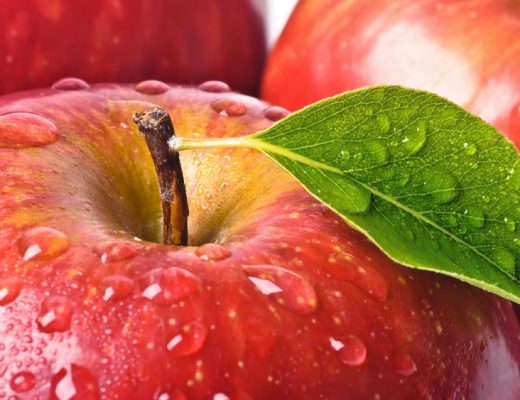 the humidity drawer in your fridge could trap moisture in apples and keep them fresh