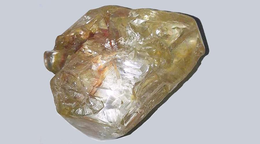 The 706-carat diamond, Sierra Leone - Saidu Bah - AFP