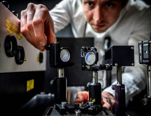 Scientists at Lund University have created the fastest camera ever - Kennet Ruona (Lund University)