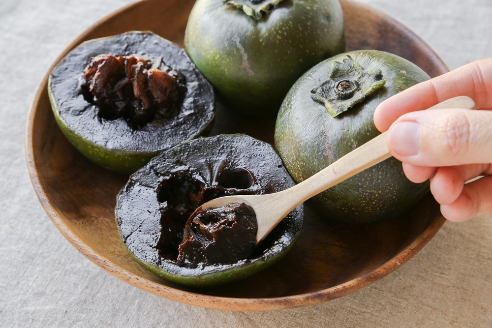 black sapote, or as it is also known, the chocolate pudding fruit