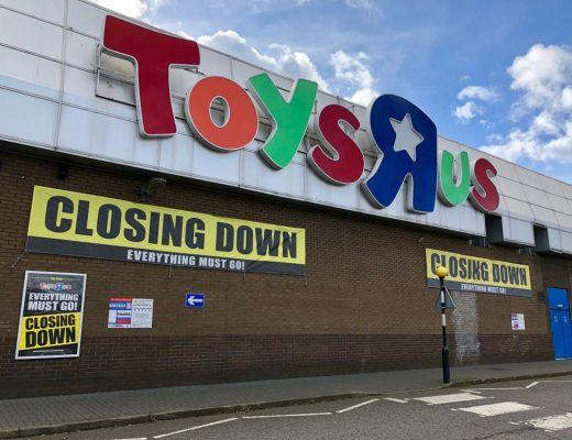 anonymous buys spend $1 million at toys r us before they closed down