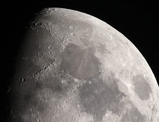 The moon - Scientists have found water ice on the lunar surface